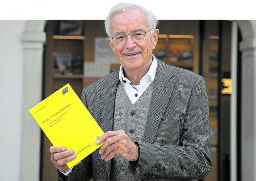 Herbert Sausgruber präsentierte am Freitag in Bregenz seine verdichteten Erinnerungen.Vn/Paulitsch
