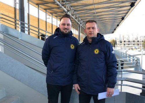 HSC-Obmann Mike Töchterle (links) präsentierte mit Bernd Schmidle schnell einen Nachfolger für Cheftrainer Heimo Lindner.mima