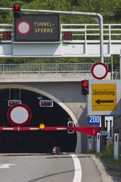 Im Achraintunnel findet eine Einsatzübung statt. VN