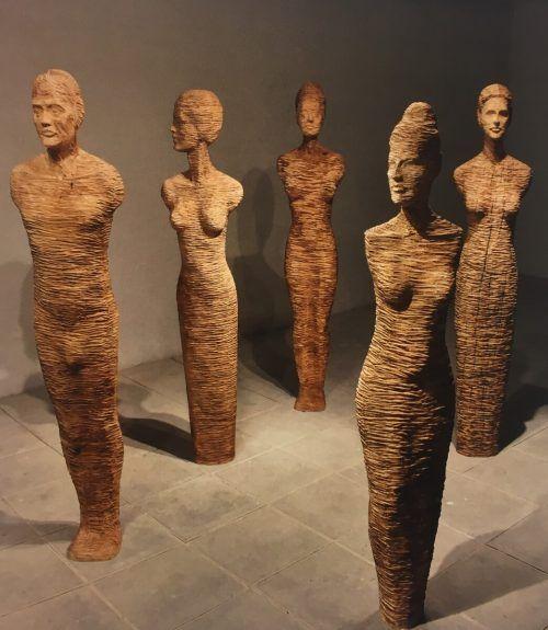 Insgesamt 16 Arbeiten von Gil Topaz werden in Vaduz gezeigt. Galerie