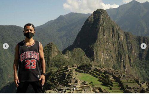 Jesse Katayama allein ohne weitere Touristen in Machu Picchu. Instagram