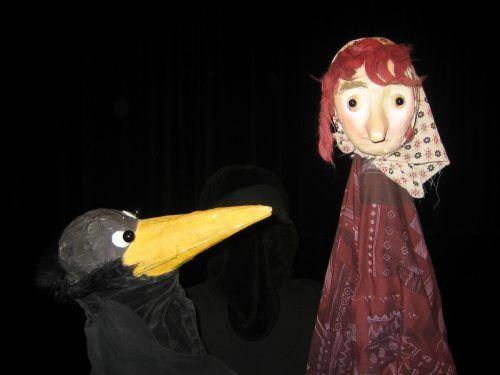 """Mit """"Die kleine Hexe"""" ist auch wieder eine Eigenproduktion im sonst international besetzten Programm. Puppentheater amBach"""