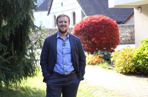 Nemetschke stand bei den Gemeindewahlen 2020 erstmals auf der ÖVP-Liste. Nun ist er der jüngste Ortsvorsteher in der Geschichte Feldkirchs.Uysal