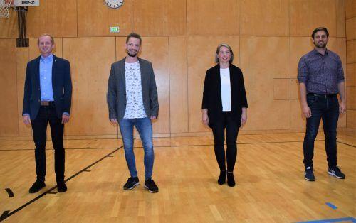 Neue Gemeindespitze: GR Simon Moosbrugger, Vizebgm. Philipp Fasser, Bgm. Carmen Steurer und GR Philipp Österle (v. l. n. r.). ME/2
