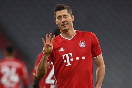 Praktisch im Alleingang besiegte Robert Lewandowski Hertha BSC in der Allianz-Arena - er traf viermal.AFP
