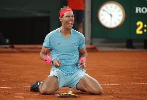 """Riesenjubel beim """"Stier aus Manacor"""": Rafael Nadal schrieb mit dem 13. Triumph in Paris und dem 20. Sieg bei einem Grand Slam-Turnier Tennisgeschichte."""