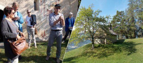 Rudi Hirnböck (mit Mütze) erläutert die Geschichte der Kapelle in Dusch / Die Kapelle St. Maria Magdalena in Dusch.kulturkreis hohenems