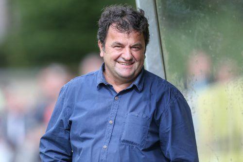 Stipo Palinic hatte Grund zum Lachen, sein Team siegte mit 2:0 beim FC Wolfurt.Sams
