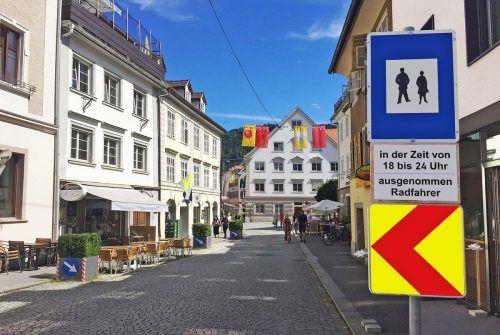 Temporäre Fußgängerzone im Bereich der Anton-Schneider-Straße verlängert.                              STadt Bregenz