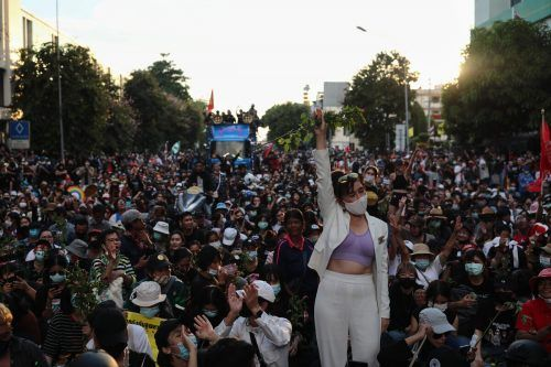 Thailands Demokratiebewegung gewinnt an Fahrt: Regierungskritische Demonstranten protestieren in Bangkok. AFP
