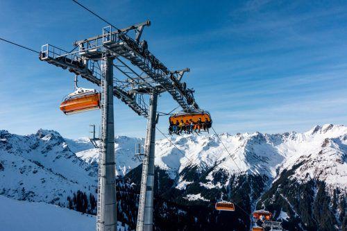 Tourismus hat in den Alpen Wohlstand gebracht, er sorgt aber oft auch für Konflikte - ein Dialog ist deshalb laut Vitalpin wichtig.VN/Lerch
