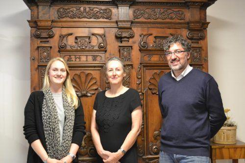 Praktikantin Verena Habit, Koordinatorin und Projektleiterin Elisabeth Walch und Michael Kasper (Leiter Montafon Museen). BI