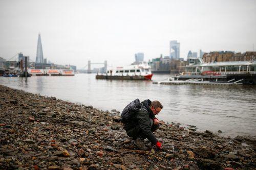 Wer die Ufer der Themse in der britischen Hauptstadt absucht, kann erstaunliche Relikte finden. Reuters