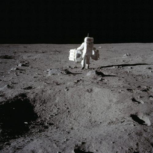 Wichtigster Punkt des neuen Regelwerks sind friedliche Absichten all derer, die auf dem Mond forschen wollen. AP