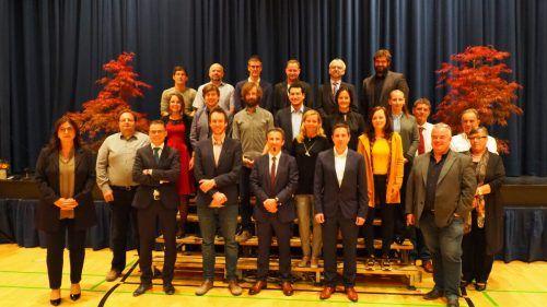 Zwischenwassers Gemeindevertretung in neuer Formation – 14 neue Mitglieder durften begrüßt werden.CHristo Egle