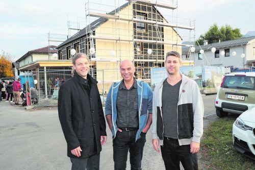 Architekt Marius Cerha, Baumeister Wilhelm Hager, Grafiker Karol Rogulski.