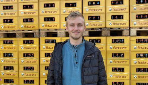 Braumeister Laurin Bernhart geht in seinem Beruf voll auf. BI