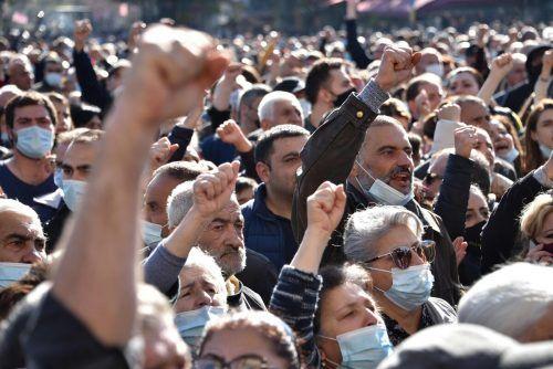 Das Abkommen mit Aserbaidschan zu Bergkarabach sorgt in Armenien für Unmut. Die Polizei löste am Donnerstag Proteste auf. AFP