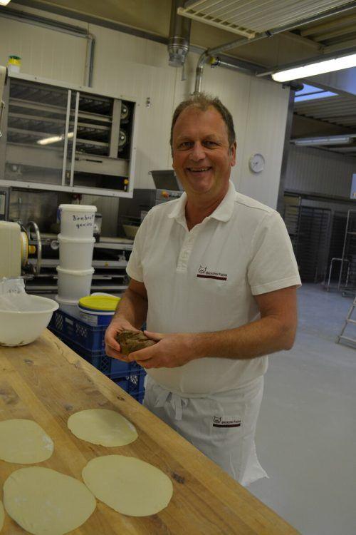 Das Birnenbrot nach altem Rezept findet in der Bäckerei Fuchs reißenden Absatz.BI