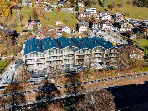Das neue Boutique-Hotel Amrai Suiten am Litzdamm in Schruns sieht seiner Fertigstellung entgegen.VN/Lerch