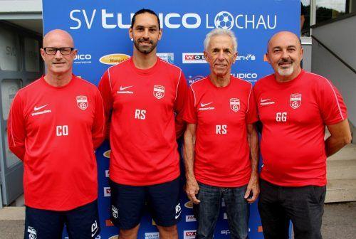 Das neue Trainer- und Betreuerteam beim SV typico Lochau: Co-Trainer Walter Bitriol, Trainer Rifat Sen, Betreuer Roland Schlattinger und Physiotherapeut Gerhard Großgasteiger.