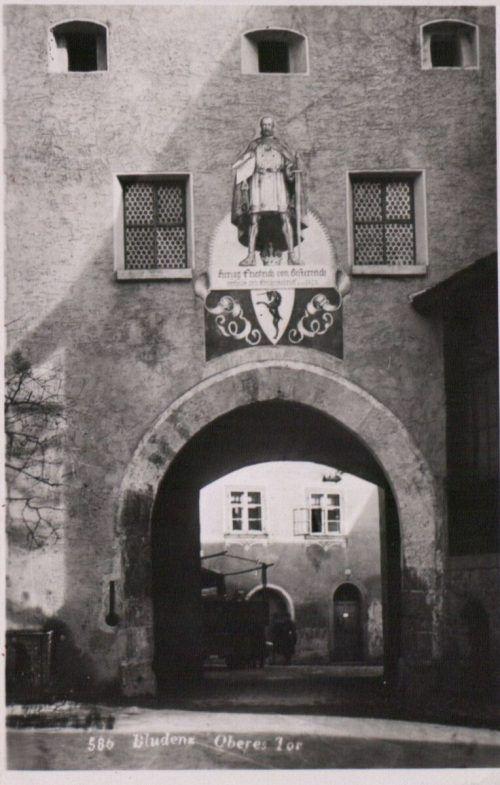 Das Obere Tor zu Bludenz in längst vergangenen Tagen.VLK