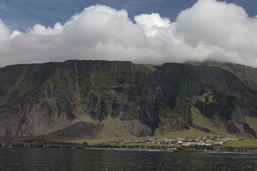 Das Überseegebiet Tristan da Cunha hat nur 245 ständige Einwohner. Es besteht aus vier Hauptinseln, deren größte Tristan da Cunha ist. AP