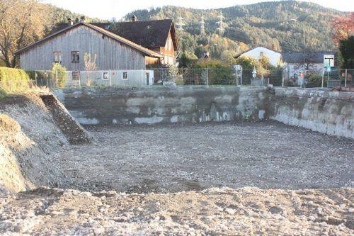 Der Aushub für das Projekt Mühlbach im Rankweiler Unterdorf ist fertig.VN/Knobel