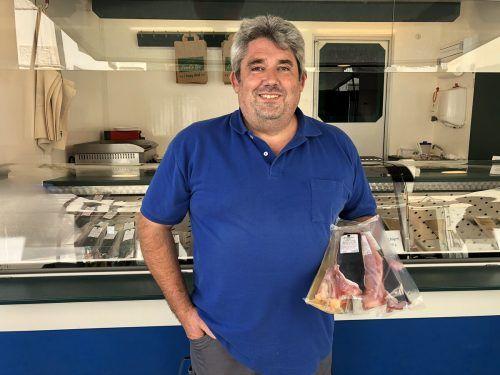 Der Fischzüchter Josef Stadler aus Mäder verkauft seine Afrikanischen Welse auf den Wochenmärkten in Bregenz, Wolfurt und Dornbirn.