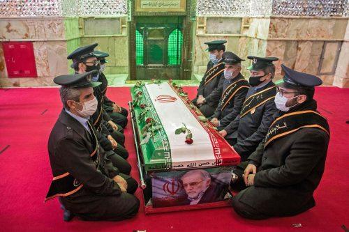 Der getötete Mohsen Fachrisadeh wurde am Montag beigesetzt.AFP