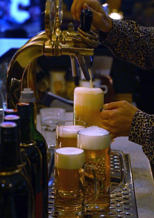 Der Lockdown der Gastronomie bringt auch die Brauereien in Bedrängnis. APA