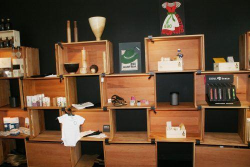 Der Lustenauer Handel hat zwar geöffnet, will aber durch Online-Verkauf und Lieferservice dazu beitragen, dass die Kunden bei ihnen einkaufen. Gde