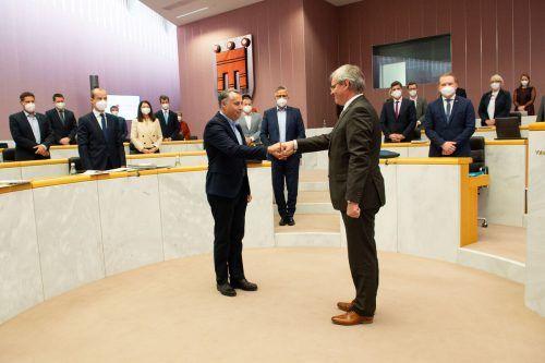 Der neue SPÖ-Klubobmann Thomas Hopfner wurde von Landtagspräsident Harald Sonderegger am Mittwoch angelobt. VN/Serra