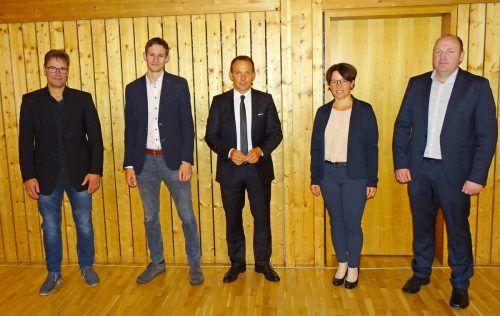 Der neue Sulzberger Gemeindevorstand mit Bürgermeister Lukas Schrattenthaler. E. Steurer