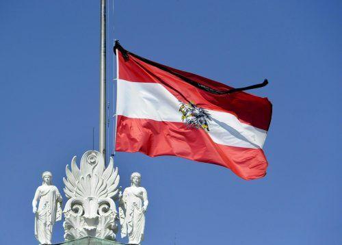 Die Fahne beim Parlament wehte 2014bei PrammersTodaufHalbmast.APA