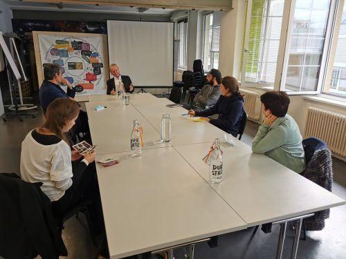 """Die Gäste der Tiroler Caritas interessierten sich für das Projekt """"Job Ahoi"""".OJAD"""