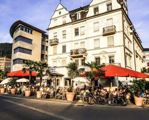 Die Gebäude an der Bregenzer Seestraße, direkt am Kreisverkehr. vn