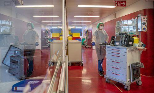 Die Intensivstationen in den Krankenhäusern des Landes rüsten sich wieder für bewegtere Zeiten.khbg