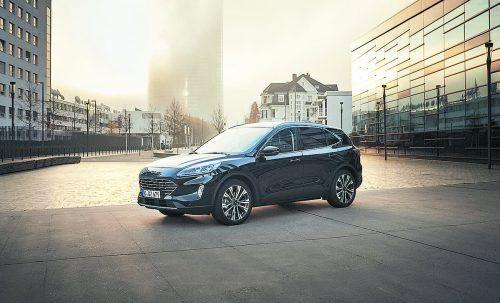 Die Vollhybrid-Version des Ford Kuga begnügt sich mit 5,3 Liter Sprit.werk