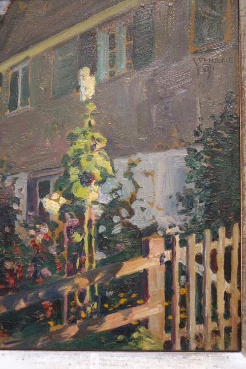 """Egon Schiele: """"Blühende Malven vor Hauswand aus Bregenz"""", Ölgemälde auf Karton, 1907. privatsammlung wien, Foto: Sagmeister"""