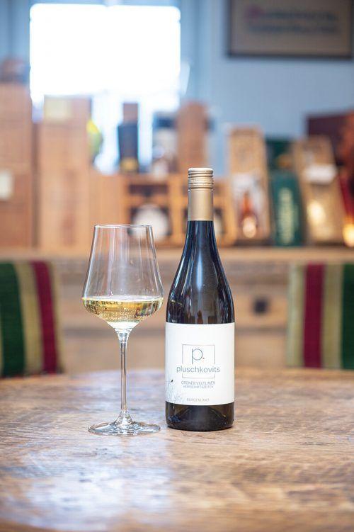 Ein Wein mit bemerkenswertem Abgang, der perfekt zur Maronisuppe passt.Rhomberg
