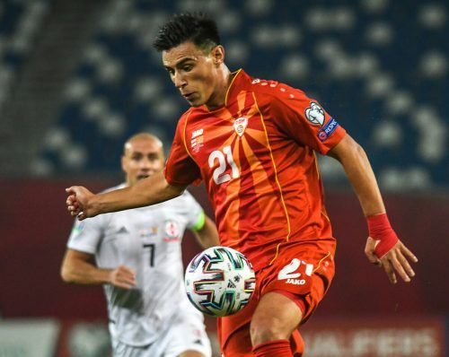 Eljif Elmas ist einer der Stars im Team von Nordmazedonien. Der 21-jährige Mittelfeldspieler gilt als Riesentalent und ist seit Sommer 2019 beim SSC Neapel unter Vertrag.apa