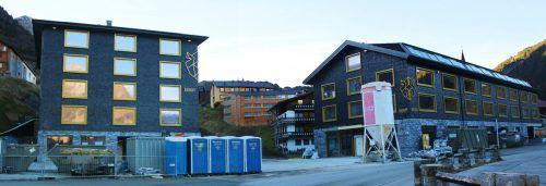 Endspurt für die Handwerker – am 20. Dezember soll im neuen Warther Biberkopf Eröffnung gefeiert werden. stp/2