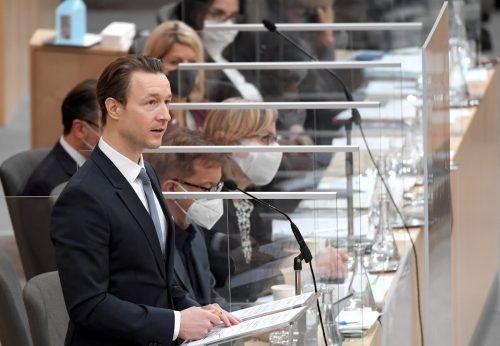 Finanzminister Gernot Blümel verteidigte am Dienstag das Budget.APA