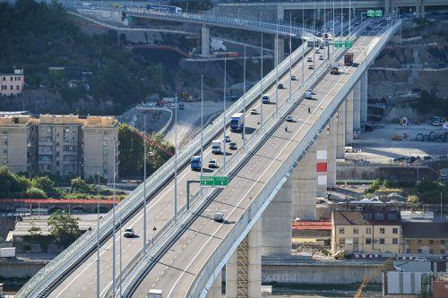 Im August ist der Neubau unter dem Namen Brücke San Giorgio eingeweiht worden. AFP