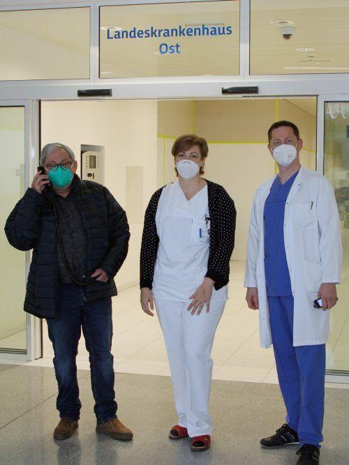 Joe Meusburger, Ruth Giesinger und Alexander Vonbank (v.l.) helfen.khbg