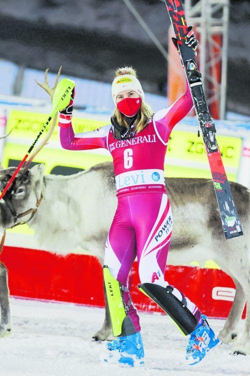 Katharina Liensberger setzte mit dem Podest-Double in Levi ein erstes Ausrufezeichen. gepa