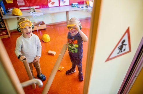 Kinder sollen in Kindergärten möglichst viel Normalität erleben dürfen. Auch in angespannten Coronazeiten.jens Büttner