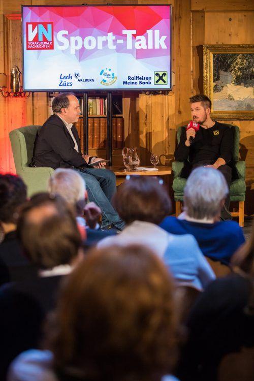 Marcel Hirscher (r.) im Gespräch mit VN-Chefredakteur Gerold Riedmann.