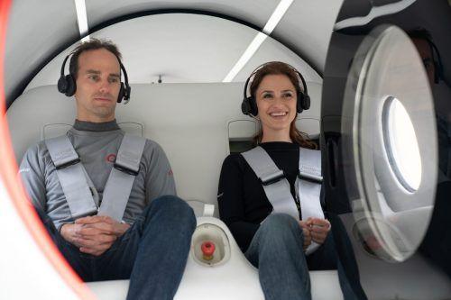 Mit 170 km/h absolvierte die Kapsel ihre erste bemannte Fahrt.virgin hyperloop